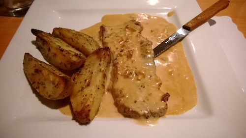 8oz Steak with Peppercorn Sauce